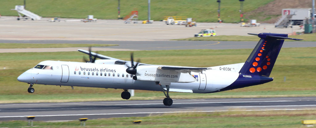 Flybe Dh4 Airlines Airports