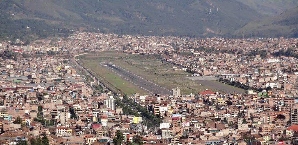 Latam Airlines In Astete Cusco Peru Airlines Airports